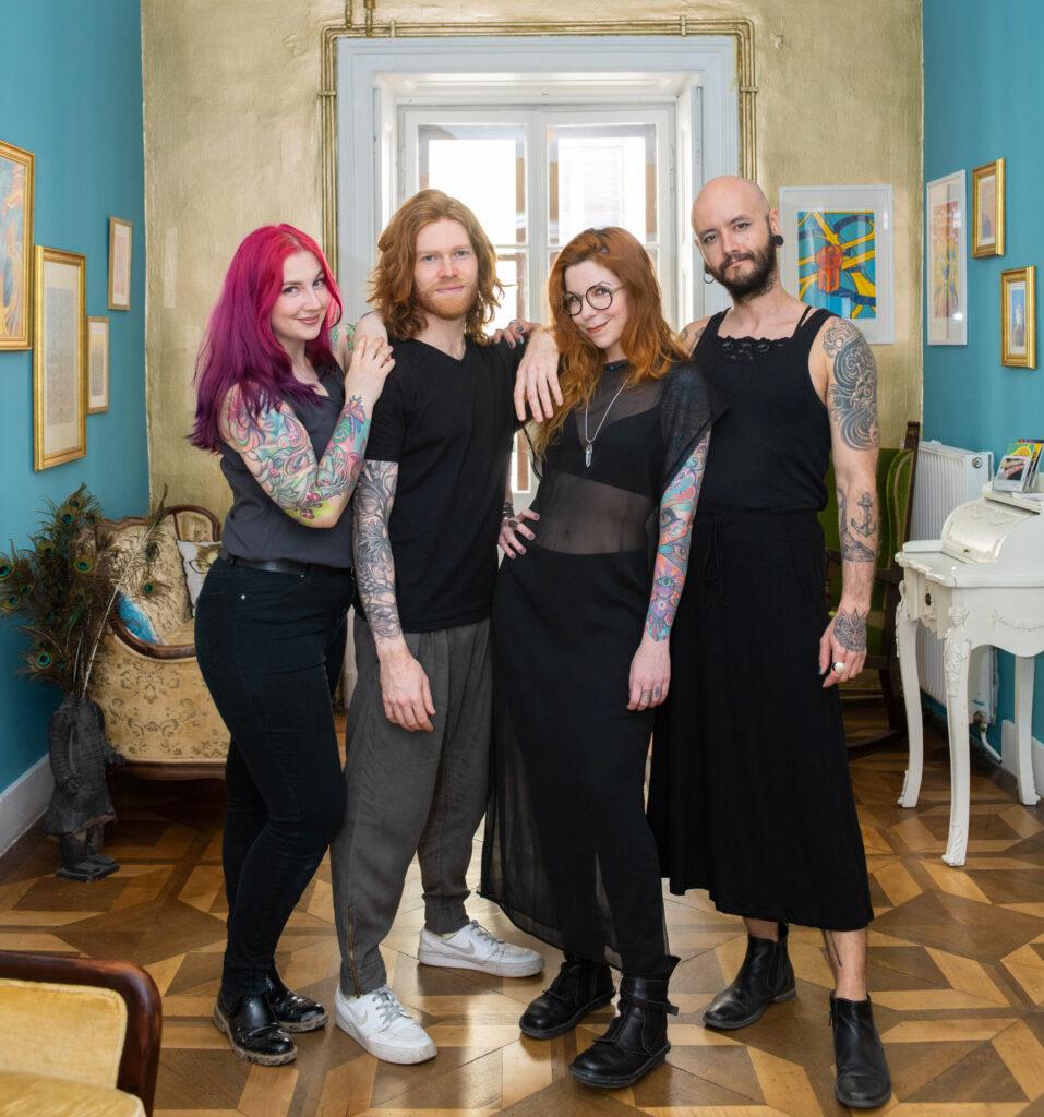 A photo of the resident artists at Tatuarium Tattoo Studio